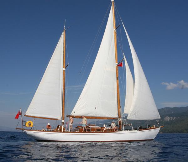 Coburg Yacht Brokers Tai Mo Shan